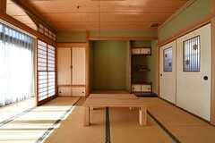 茶室の様子。ローテーブルが置かれています。(2017-02-14,共用部,LIVINGROOM,1F)