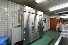 業務用冷蔵庫の様子。(2019-09-11,共用部,KITCHEN,1F)