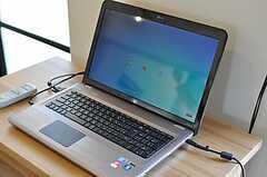 共用PCの様子。(2011-04-04,共用部,PC,1F)
