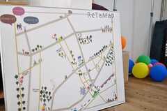 住人さん手作りの周辺マップは、クオリティ高めです。(2012-08-05,共用部,KITCHEN,1F)