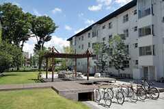 風通りが良く、ゆとりのある空間です。(2012-08-05,共用部,OTHER,1F)