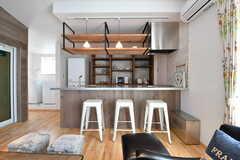 カウンターの裏側がキッチンです。(2017-02-16,共用部,LIVINGROOM,3F)