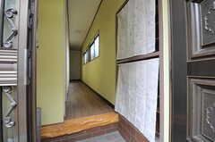 正面玄関から見た内部の様子。(2012-12-21,周辺環境,ENTRANCE,1F)