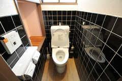 ウォシュレット付きトイレの様子。(2012-12-21,共用部,TOILET,1F)
