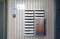 ポストと宅配ボックス。(2012-12-24,周辺環境,ENTRANCE,1F)