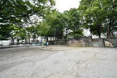 近くには広い公園があります。(2017-10-24,周辺環境,ENTRANCE,1F)