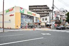 駅前のスーパーの様子。(2017-10-24,共用部,ENVIRONMENT,1F)