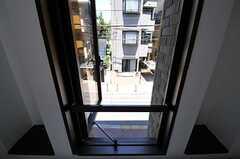 窓からの景色の様子。(203号室)(Fine)(2012-07-17,専有部,ROOM,2F)