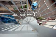 屋上へ続く螺旋階段。頭上注意。(2008-05-28,共用部,OTHER,3F)