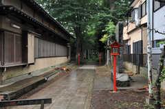 天気の良い日は菅原神社を通って帰るのもいいかも。(2012-05-25,共用部,ENVIRONMENT,1F)