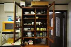 食器棚の様子。(2010-09-15,共用部,LIVINGROOM,1F)