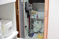 ダイソンの掃除機は自由に使うことができます。(2021-03-17,共用部,OTHER,1F)
