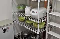 食器も用意されています。(2012-07-09,共用部,KITCHEN,1F)
