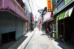 シェアハウス沿いの通りの様子。(2012-07-09,共用部,ENVIRONMENT,1F)