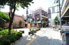 都営地下鉄三田線・板橋本町駅からシェアハウスへ向かう道の様子。(2012-07-09,共用部,ENVIRONMENT,1F)