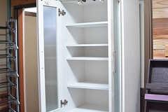 食器棚の様子。(2016-08-08,共用部,LIVINGROOM,1F)