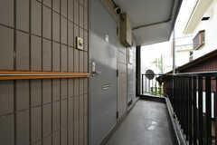 2011、2012号室共通の玄関ドア。(2020-06-15,周辺環境,ENTRANCE,2F)