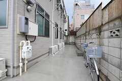 自転車置き場の様子。(2012-10-18,共用部,GARAGE,1F)