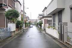 各線・地下鉄赤塚駅からシェアハウスへ向かう道の様子。(2012-10-18,共用部,ENVIRONMENT,1F)
