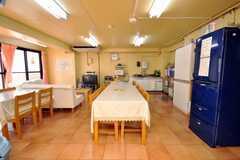 シェアハウスのラウンジの様子2。(2009-01-16,共用部,LIVINGROOM,1F)