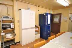 冷蔵庫とストッカーの様子。(2009-01-16,共用部,OTHER,1F)