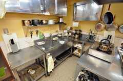 シェアハウスのキッチンの様子3。(2009-01-16,共用部,KITCHEN,1F)