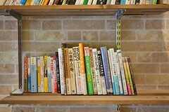 本棚の様子。(2016-07-04,周辺環境,ENTRANCE,1F)
