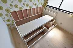 ベッドは収納力抜群。(306号室)(2016-05-17,専有部,ROOM,3F)