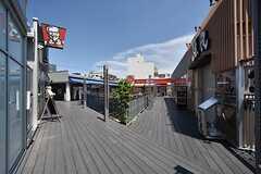 駅直結の複合施設。飲食店も多く入ります。(2016-05-17,共用部,ENVIRONMENT,1F)