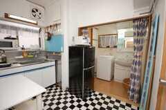 シェアハウスのキッチンの様子。(2008-09-15,共用部,LIVINGROOM,1F)