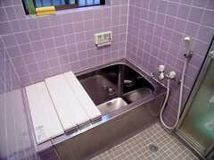 風呂の様子。清潔。(2006-06-15,共用部,BATH,1F)