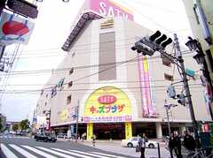 東武練馬駅前の大型複合施設SATY。シネコン入ってます。(2006-06-15,共用部,ENVIRONMENT,1F)