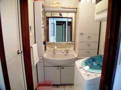 洗面台の様子。(2006-06-11,共用部,TOILET,1F)