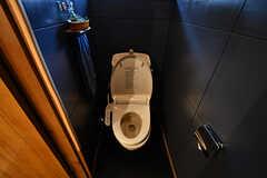 ウォシュレット付きトイレの様子。(2017-06-12,共用部,TOILET,1F)