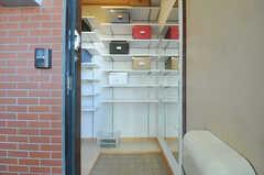 正面玄関から見た内部の様子。(2012-10-26,周辺環境,ENTRANCE,2F)