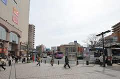 JR常磐線・亀有駅前の様子。(2012-10-26,共用部,ENVIRONMENT,1F)