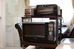 キッチン家電の様子。(2014-03-07,共用部,LIVINGROOM,2F)