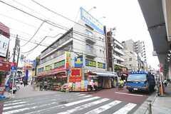 各線・綾瀬駅前の様子。(2012-06-18,共用部,ENVIRONMENT,1F)