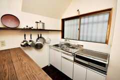 シェアハウスのキッチンの様子。(2009-03-31,共用部,KITCHEN,1F)