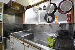 キッチンの様子。(2016-06-07,共用部,KITCHEN,2F)