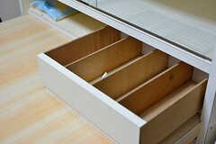 食器棚の引き出しにはカトラリーを収納予定とのこと。(2016-06-07,共用部,OTHER,2F)