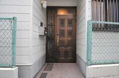 正面玄関の様子。(2014-05-21,周辺環境,ENTRANCE,1F)