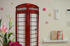 電話ボックスは、ホワイトボードなのだそう。(2014-05-21,共用部,LIVINGROOM,2F)