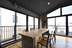 ダイニングテーブルの様子。(2016-06-30,共用部,LIVINGROOM,3F)