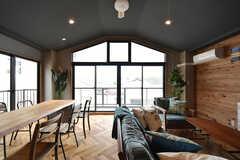 とても明るい空間です。窓にはブラインドが設置される予定です。(2016-06-30,共用部,LIVINGROOM,3F)