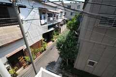 窓から見た風景。(205号室)(2013-07-09,専有部,ROOM,2F)