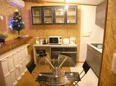 シェアハウスのラウンジの様子。(2007-12-12,共用部,LIVINGROOM,1F)