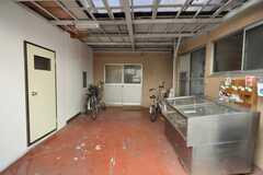 シェアハウスの正面玄関。(2009-02-12,周辺環境,ENTRANCE,1F)