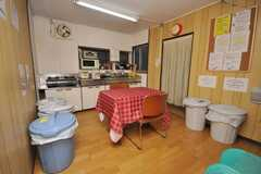 シェアハウスのラウンジの様子。(2009-02-12,共用部,LIVINGROOM,1F)