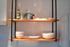 食器棚の様子。(2016-09-21,共用部,KITCHEN,1F)